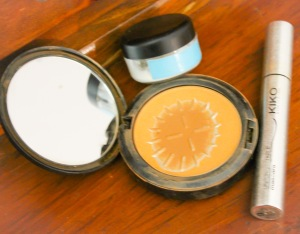 Handcream, Powder, Mascara